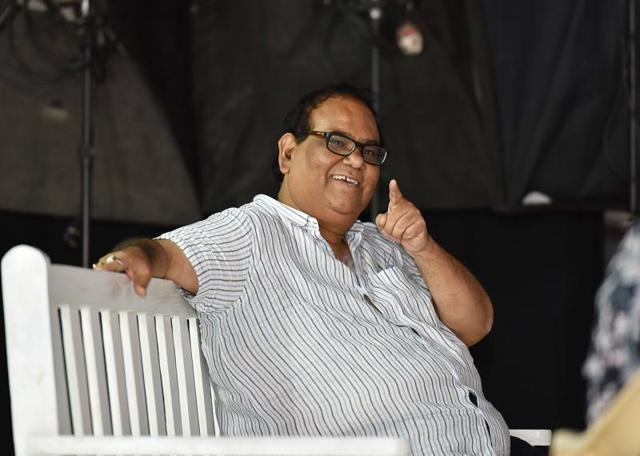 Satish Kaushik will be seen in theatre director Said Hyder Hasan's latest romantic play Mr and Mrs Murarilal