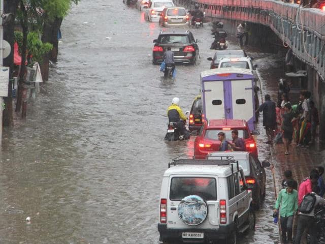 After heavy rain in the afternoon, tracks at Masjid, Sandhurst Road, Byculla, Sion, Chunabhatti and Mahim were submerged in water. It slowed down services, but did not cause a standstill.