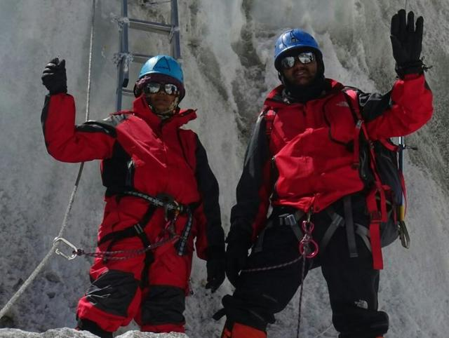 Nepal probes Indian couple's claim of climbing Everest