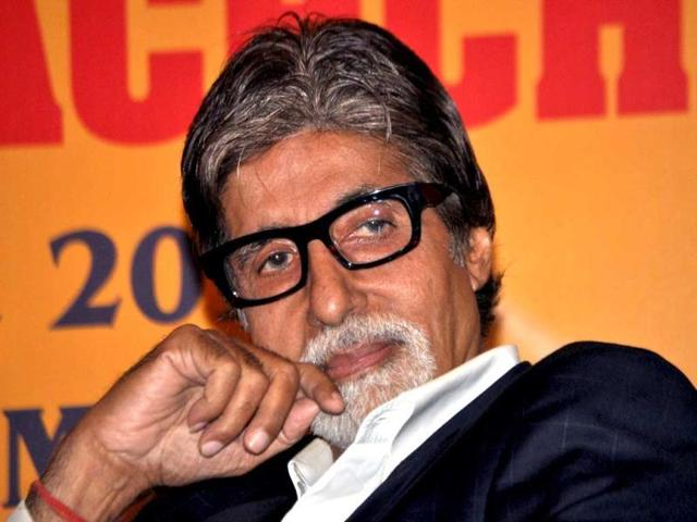 Amitabh Bachchan could be seen promoting cleanliness by being the face of Swachh Bharat Abhiyaan.
