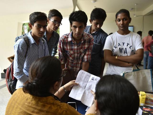 Delhi University,Cut-off,Second List