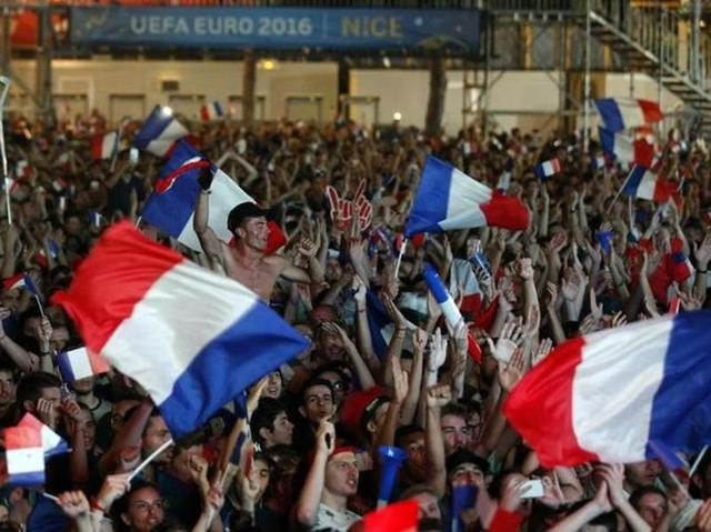 Euro 2016: Multi-cultural France, Germany set intriguing semis clash