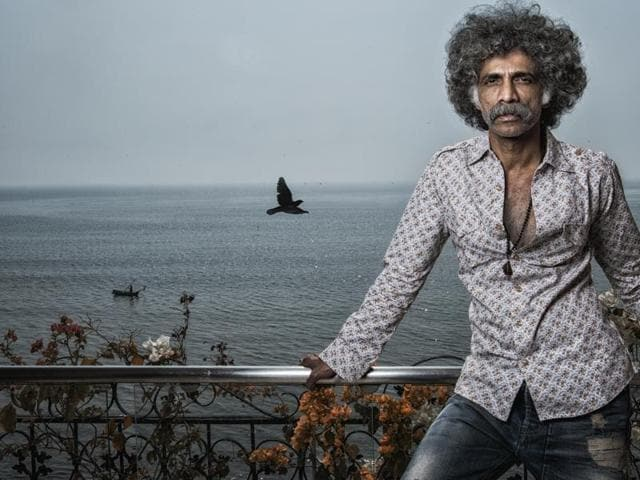 """""""We have a habit of not giving people the real picture,"""" says Makarand Deshpande, while talking about how mental illness isn't accurately displayed in Hindi films."""