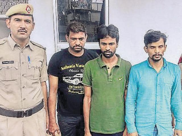 The three accused — Imran, Saleem and Vinod — confessed to stealing several vehicles from Gurgaon and also disclosed the method they used to lift cars.