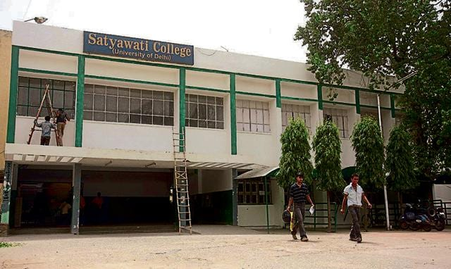 At Satyawati College (Morning), the cut-off for the English (hons) programme was 96% and that for admission to Satyawati College (Evening) was 91% in the first list this year.