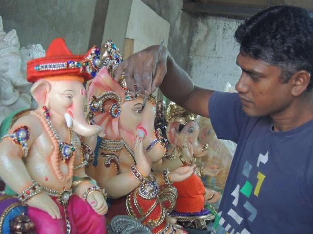 Ramzan,Ganesha,idol-maker