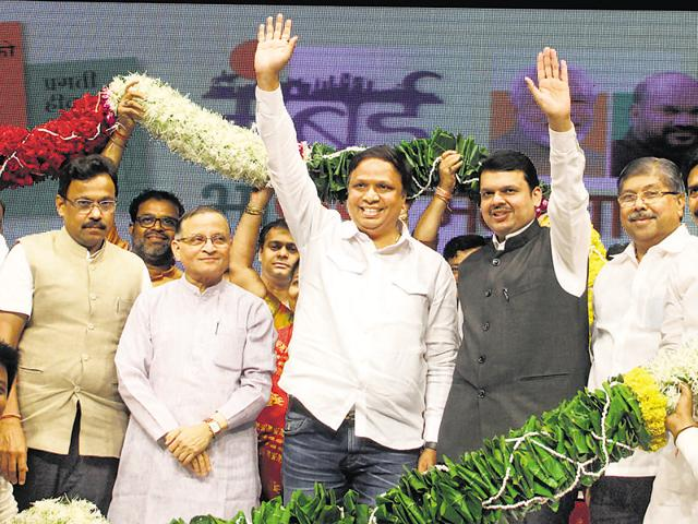 Ashish Shelar was re-elected as Mumbai BJP president at a party meeting at Shanmukhananda Hall in Matunga on Wednesday.