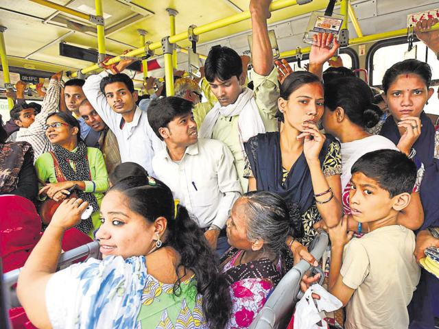 The Delhi Transport Corporation says a passenger's waiting time can be reduced if the problem of traffic congestion in the national capital is addressed.