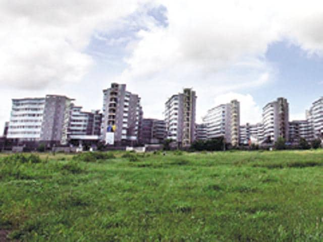 The redevelopment of the Bandra government colony was first cleared in 2009 by former chief minister Ashok Chavan. Redevelopment