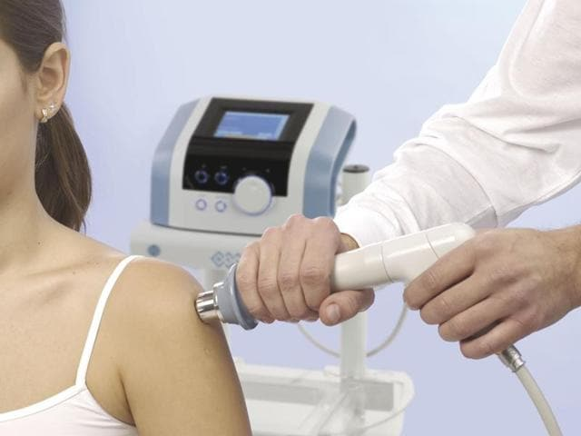 The Extracorporeal Shock Wave Therapy (ESWT) works by mechanically stimulating the tissue, which prompts stem cells to kick-start repair work.
