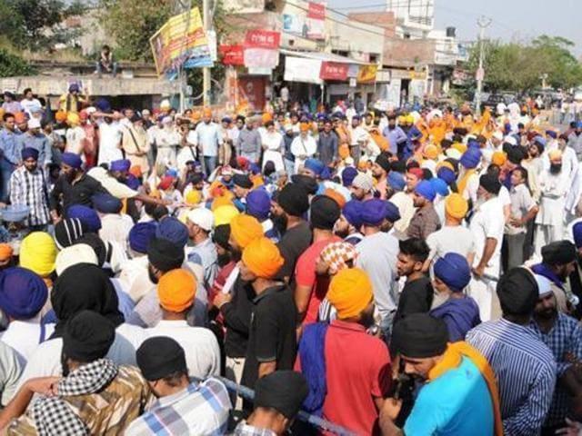 Batala clash,satkar committee,Gurdwara Nanaksar