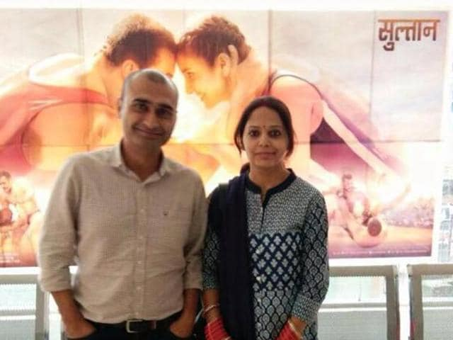 Musafir booked the entire 120-seat ARV Cinemas in Gurukul Mall a day before the release of the film about an ageing wrestler so that Geetanjali and he could watch the show on the first day.