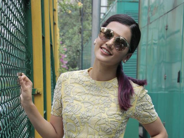 Actor Taapsee Pannu says working with big names helps audience connect with  her work .