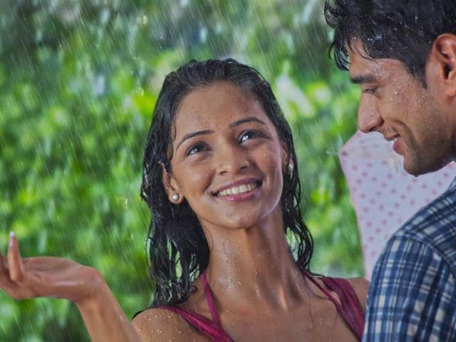 From avoiding rubbing your face while drying to avoiding hair spray, all you need to know about the best skin and hair care in monsoons. (Shutterstock)