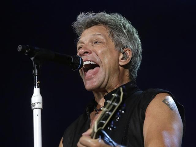 Singer Jon Bon Jovi took to the stage alongside a wedding band led by local jazz musician Lourdes Valentin and lent his vocals  to his iconic hit, Livin On a Prayer.