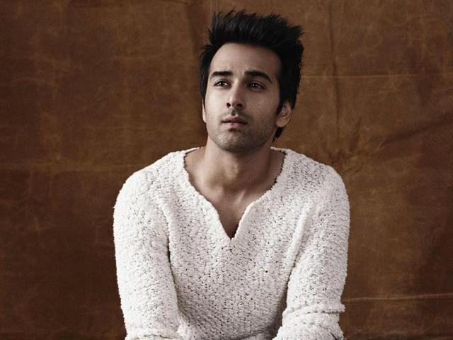 """Actor Pulkit Samrat says that his estranged wife, Shweta Rohira was """"insecure"""" about him."""