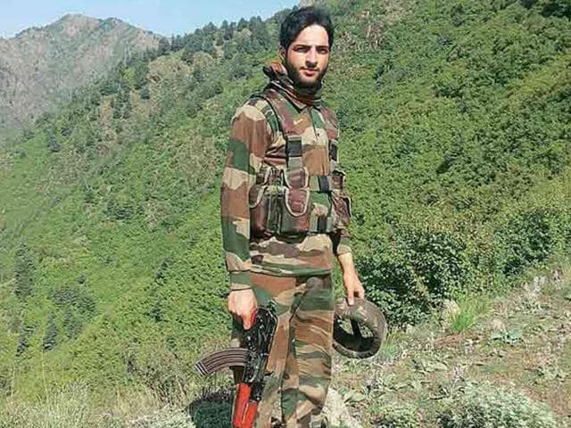 Burhan Wani was a wanted regional commander of the Hizbul Mujahideen who became popular among civilians for his social media videos, calling on young Kashmiris to take up arms for the cause of an independent Kashmir.(Social media)
