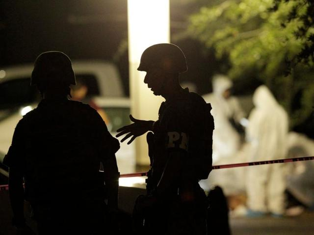 Assailants attacked in various parts of the Mexican city of Ciudad Victoria, killing 15 people, including five minors and 11 from the same family.