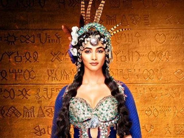 Pooja Hegde will make her big Bollywood debut opposite Hrithik Roshan in Mohenjo Daro.