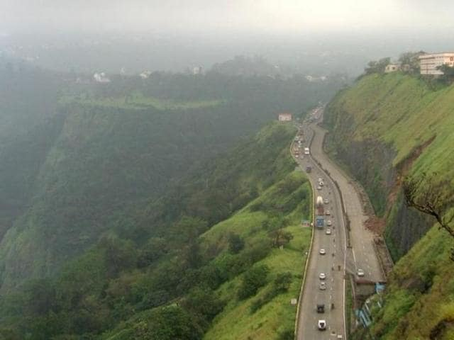 The expressway had received heavy rain in the morning.