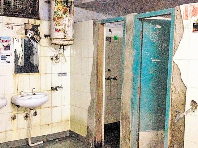 Washrooms in a filthy condition at the Boys' Hostel Number 4 in Panjab University.