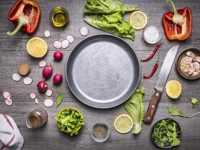 The Tourism Ministry has decided to introduce a degree course with specialisation in vegetarian cuisine in three government-run hotel management institutes.
