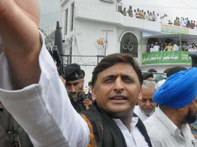 Uttar Pradesh chief minister Akhilesh Yadav greeting Muslims on the Eid-ul-Fitr festival at Eidgah in Lucknow on Thursday.