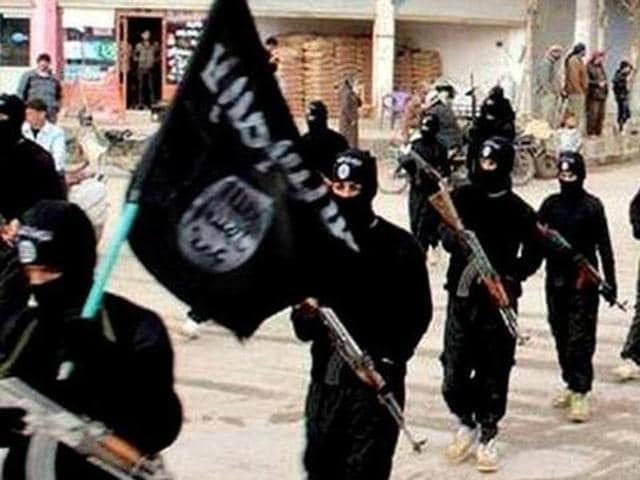 At least 20 young people from two Kerala districts are feared to have joined the Islamic State (IS) militant group in West Asia.(Representative photo/ AP)