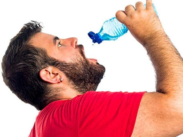 Researchers have shown that drinking 500ml of water half-an-hour before eating the three main meals of the day may help you lose weight.