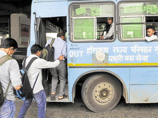Residents say the Haryana Roadways buses are in bad condition and the staff are often rude.(Abhinav Saha/HT Photo)