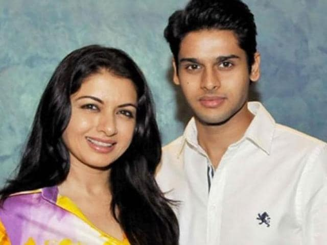 Bhagyashree was recently snapped with her 23-year-old son Abhimanya Dassani at a film's screening.
