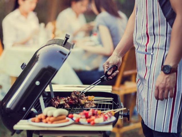 When you open the lid of your grill or smoker, hot air escapes, cooking slows, and each peek adds lots of time to the length of the cook.