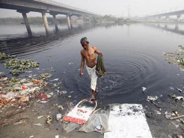 Villages through which Ganga flows are Uttarakhand, Bihar, Uttar Pradesh, West Bengal and Jharkhand.