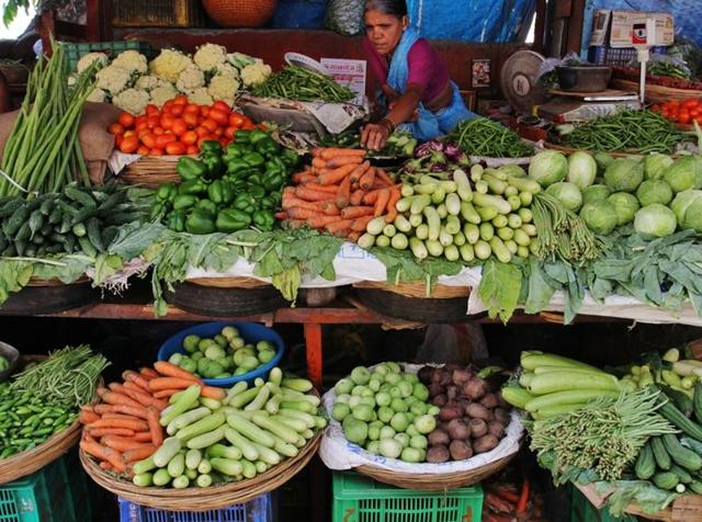 Thane, India - June 14, 2016: The city though have felt pre monsoon showers the monsoon has still not arrived. The delay in rain has resulted in soaring prices of vegetables in the city markets in Thane, India, on Tuesday day, June 14, 2016.(Photo by Praful Gangurde/Hindustan Times)