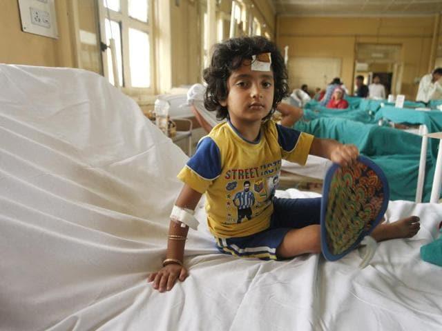 Four-year-old Zuhra Majeed at Srinagar's Shri Maharaja Hari Singh hospital.