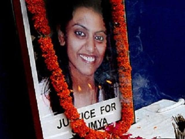 In September 2008, six months before Ghosh was shot dead, TV journalist Vishwanathan was murdered. She was 25. The accused in both cases are the same.