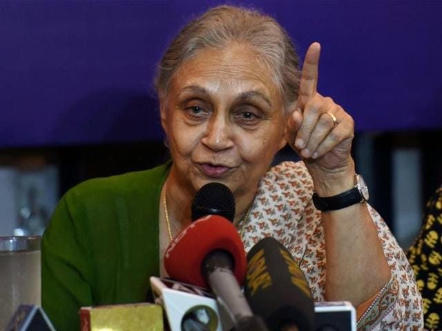 Former Delhi CM Sheila Dikshit was notified by Delhi's ACB to join the probe in Water tanker scam.