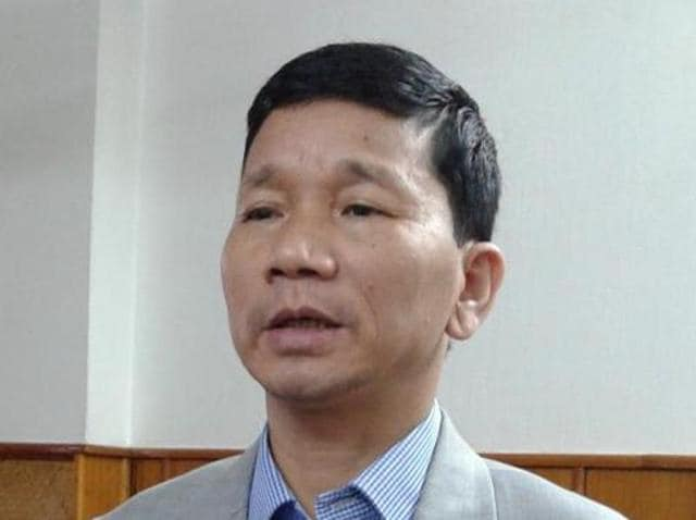 Rebel Congress leader Kalikho Pul has claimed that legally he continued to be the chief minister of Arunachal Pradesh.