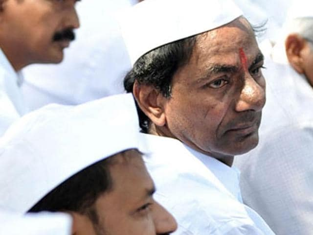 KCR to perform Yagam,KCR to perform Sudarshana Yagna,Medak