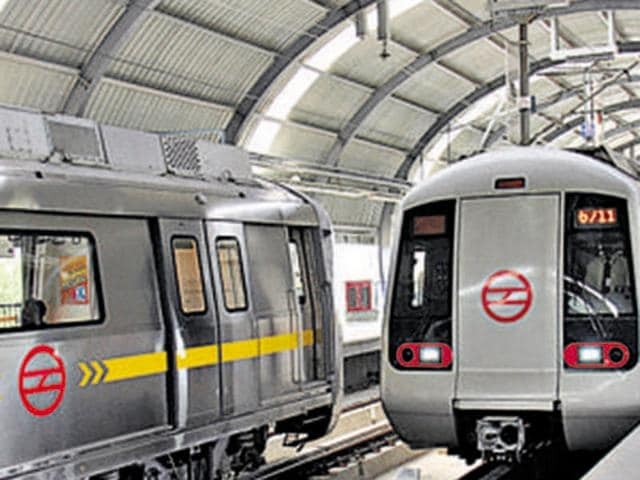 The 104-kilometre network will cost Rs 55,000 crore and is expected to see 1.5 million passengers daily.(Hindustan Times)