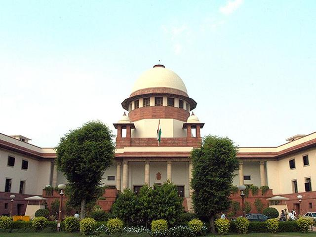 A governor must keep away from any disagreement or discontent within individual parties, and not get embroiled in political controversies, the Supreme Court said.