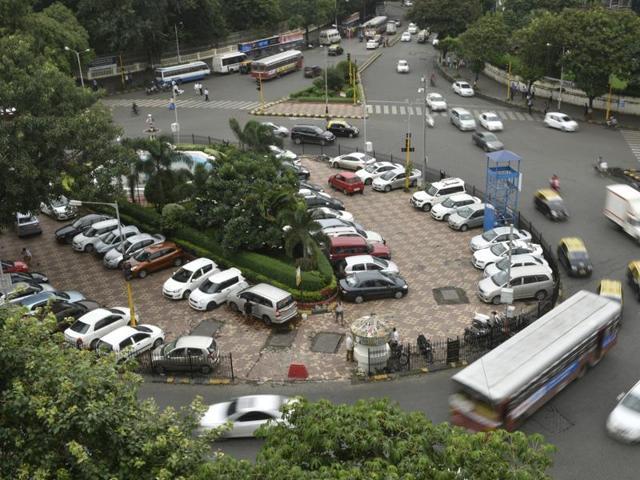 Mumbai, India - July 12, 2016: A view of the parking lot inside a traffic island near Regal cinema in Mumbai, India, on Tuesday, July 12, 2016. (Photo by Arijit Sen/ Hindustan Times)