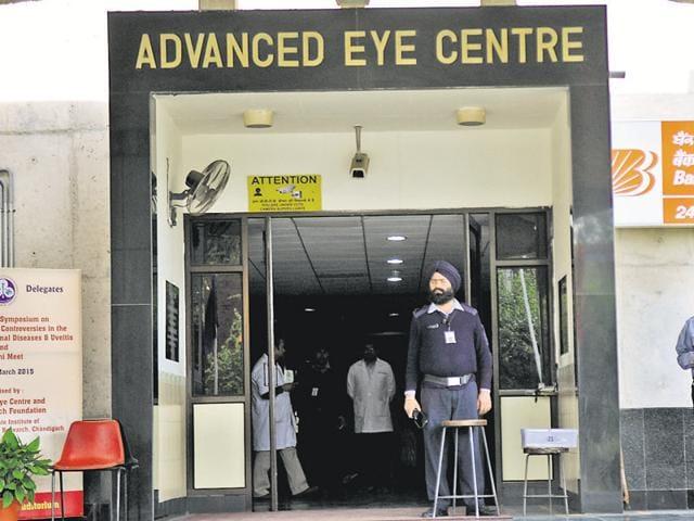 Cheap drug,drug affects vision,Medical negligence