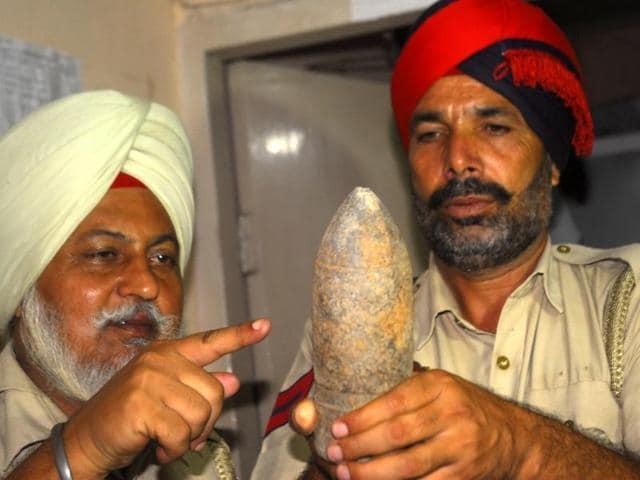 Amritsar,Bomb,Shells