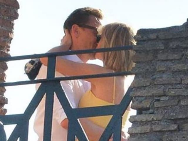Tom Hiddleston and Taylor Swift have been jet setting around the world.