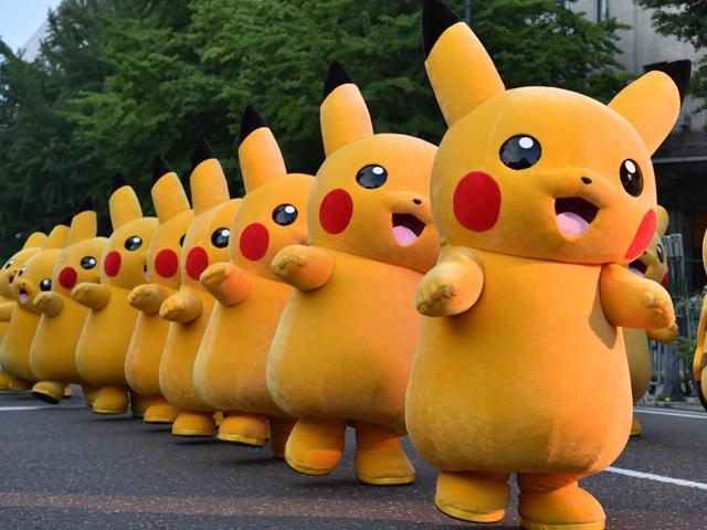Pokemon GO has become an instant hit with more users in the United States than Twitter a week after launch.
