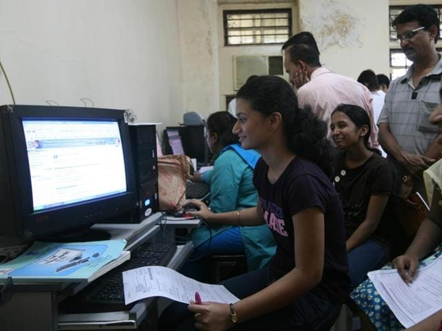 In the next eight to 10 days, the state's education department will conduct a special round for all those who left their applications incomplete or failed to register online, said officials.