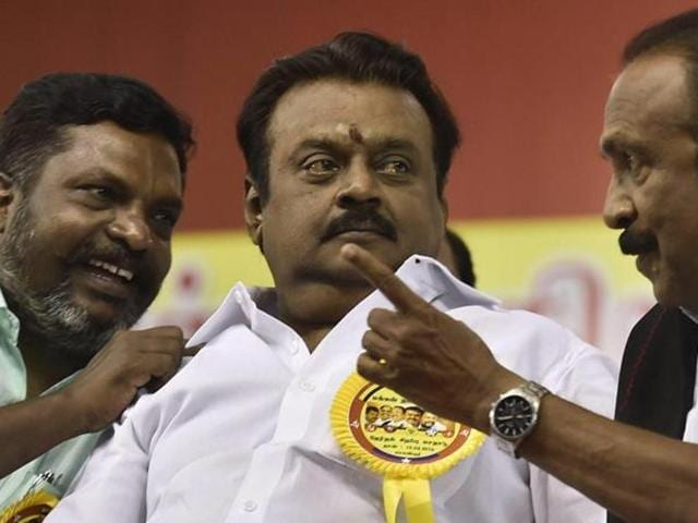 DMDK chief Vijayakanth has petitioned the Supreme Court for guidelines for public prosecutors to follow before granting sanction to legal action under the criminal defamation law.
