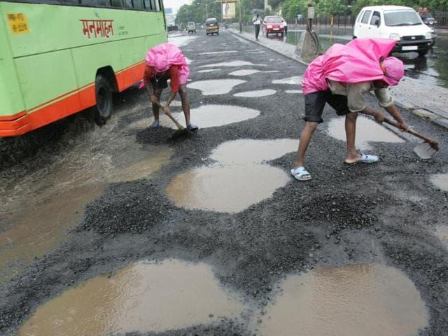 bmc,road scam,contractors
