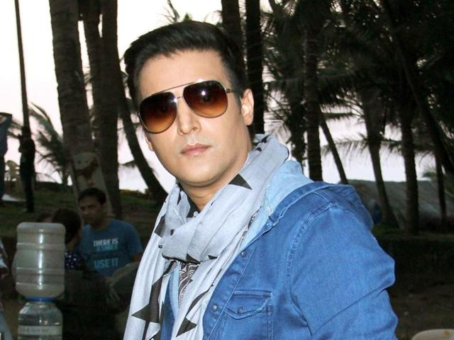 Bollywood actor Jimmy Shergill doesnt want to be typecast as a romantic hero.